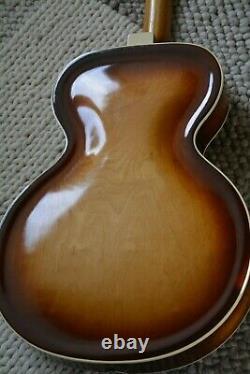 Alte Gitarre Guitar Lux Archtop Schlaggitarre mit Tonabnehmer Made in Germany