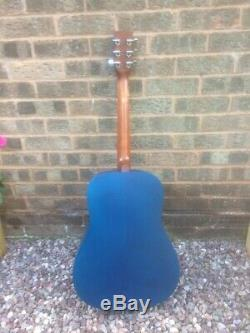 Art & Lutherie Wild Cherry Dreadnought, Blue, Canadian Made, Used