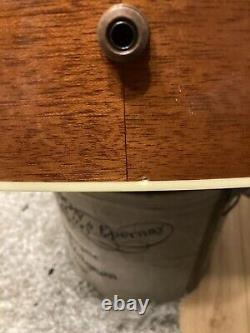 Gibson Hummingbird Honeyburst made in USA acoustic guitar. Barely ever played