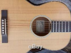 Larrivee O-01 Koa Special Edition Parlor Parlour Acoustic Guitar. Made in 2003
