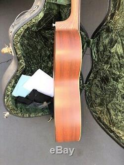 Martin Acoustic Guitar 000x1 With Martin Hard Case Made In USA Solid Spruce Top