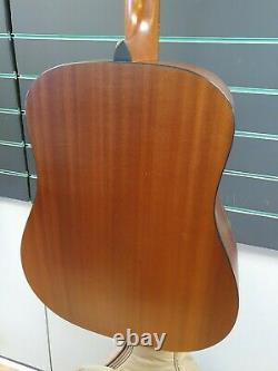 Taylor 110 Dreadnought 2007 Natural Acoustic Guitar Made in America