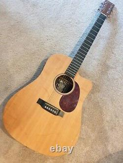 USA made MARTIN DCX1E Dreadnought Guitar Mint Condition Bear claw solid Spruce