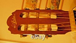 VINTAGE ARIA Classic 6 String Acoustic GUITAR MOD A551B with bag. Made in Japan