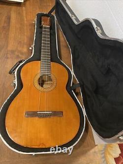 Vintage Alvarez Yairi KazuonYairi model 5017 made in 1970
