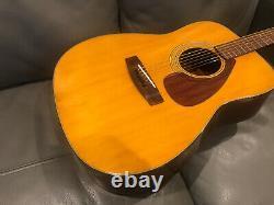 Yamaha FG160 Acoustic Guitar, Made In Taiwan. No Breaks Or Repairs