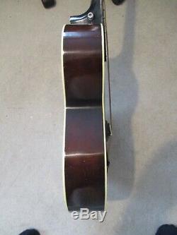 Acoustique Guitarvintage 1930sharmonymade Dans Un État Usagood