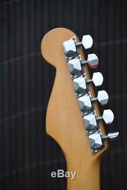 Alte Gitarre Sunn Mustang De Fender Made In Indien