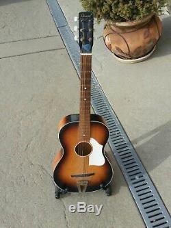 Camée Antique Guitare Acoustique Peut-être Des Années 1960 A Fait En Ecosse