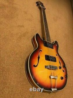 Eros Bass Guitare Semi Acoustique 60/70 Sunburst Finition 2 Pickups Made In Japan