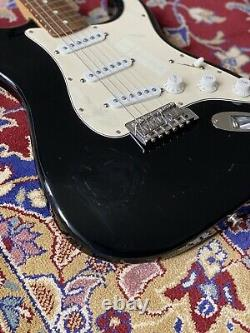 Fender 2001 Stratocaster Made In Mexico Black + Rosewood Board Guitare Électrique