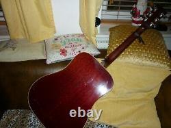 Gibson Hummingbird Acoustique Faite Au Tout Début Des Années 70