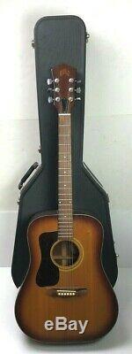 Guild Acoustic Guitar D35sb Made In USA Gauchère Instrument De Musique Hard Case
