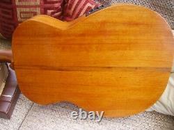 Guitare Electro-acoustic Hand De Joe Frond