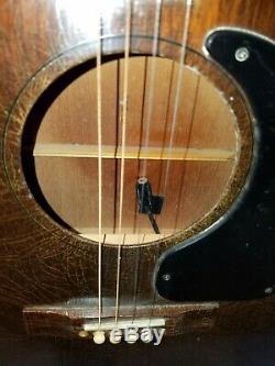 Guitare Gibson Tenor 4 Cordes (occasion - Bon État) Fabriqué En 1964