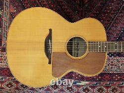 Hand Crafted Acoustic Guitar Luthier Made C. 2000 Par Fine Tuning Instruments