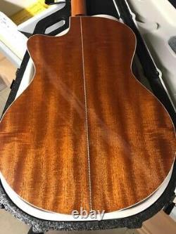 Knaggs Kipawa Mini Guitare Acoustique Jumbo Faite Par Godin Au Canada Avec Le Cas