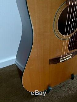 Made In USA Guild D25 Guitare Acoustique Avec Lr Baggs Hymne MIC / Système De Saisie