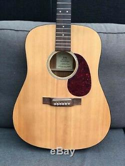 Série Martin DM Dreadnought Acoustic Guitar USA Made Sounds + Joue Etonnamment