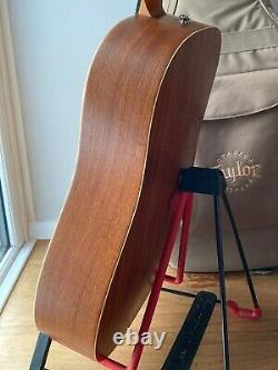 Taylor Big Baby Acoustic Dreadnaught Guitar 306-gb Made In Cajon Etats-unis, Solid Wood
